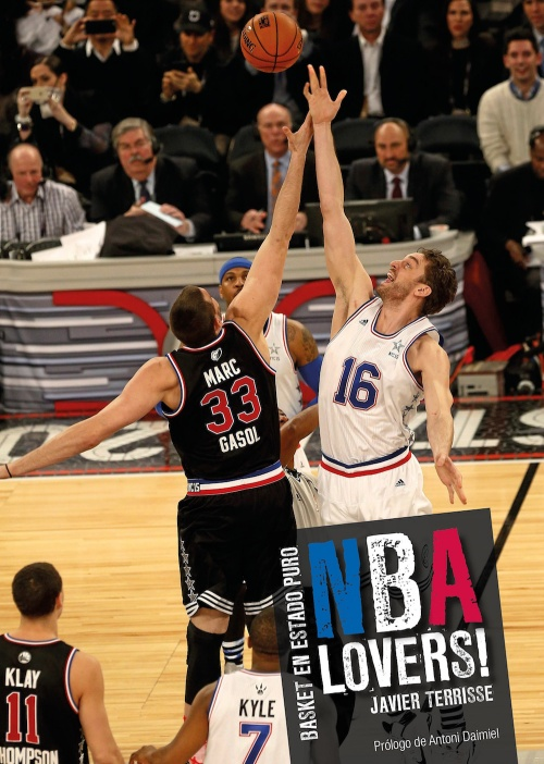 NBA Lovers! Javier Terrisse. Los hermanos Gasol en el salto inicial del All-Star Game